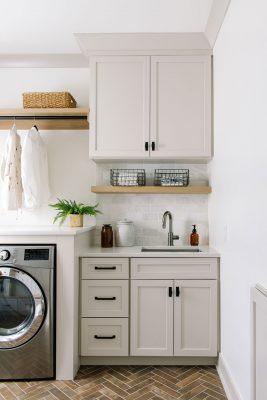 des moines iowa laundry room remodel interior designer Jillian Lare