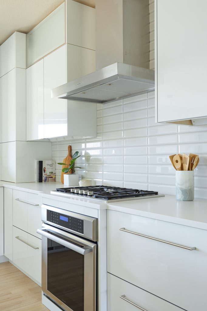 White and Gray Modern Kitchen Remodel, Contemporary kitchen remodel, high gloss white cabinets